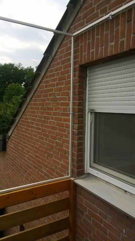 Balkon mit dem Trägerrahmen von Katzennetze-NRW