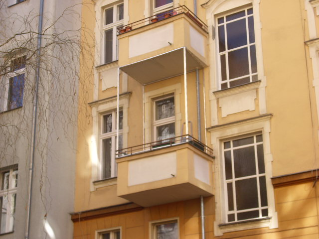 Berlin Balkon katzensicher vernetzt