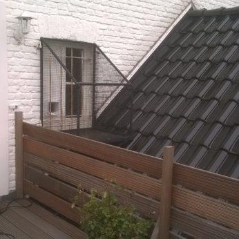 Fensterterrasse für Ihre Katzennster als Katzenausgang
