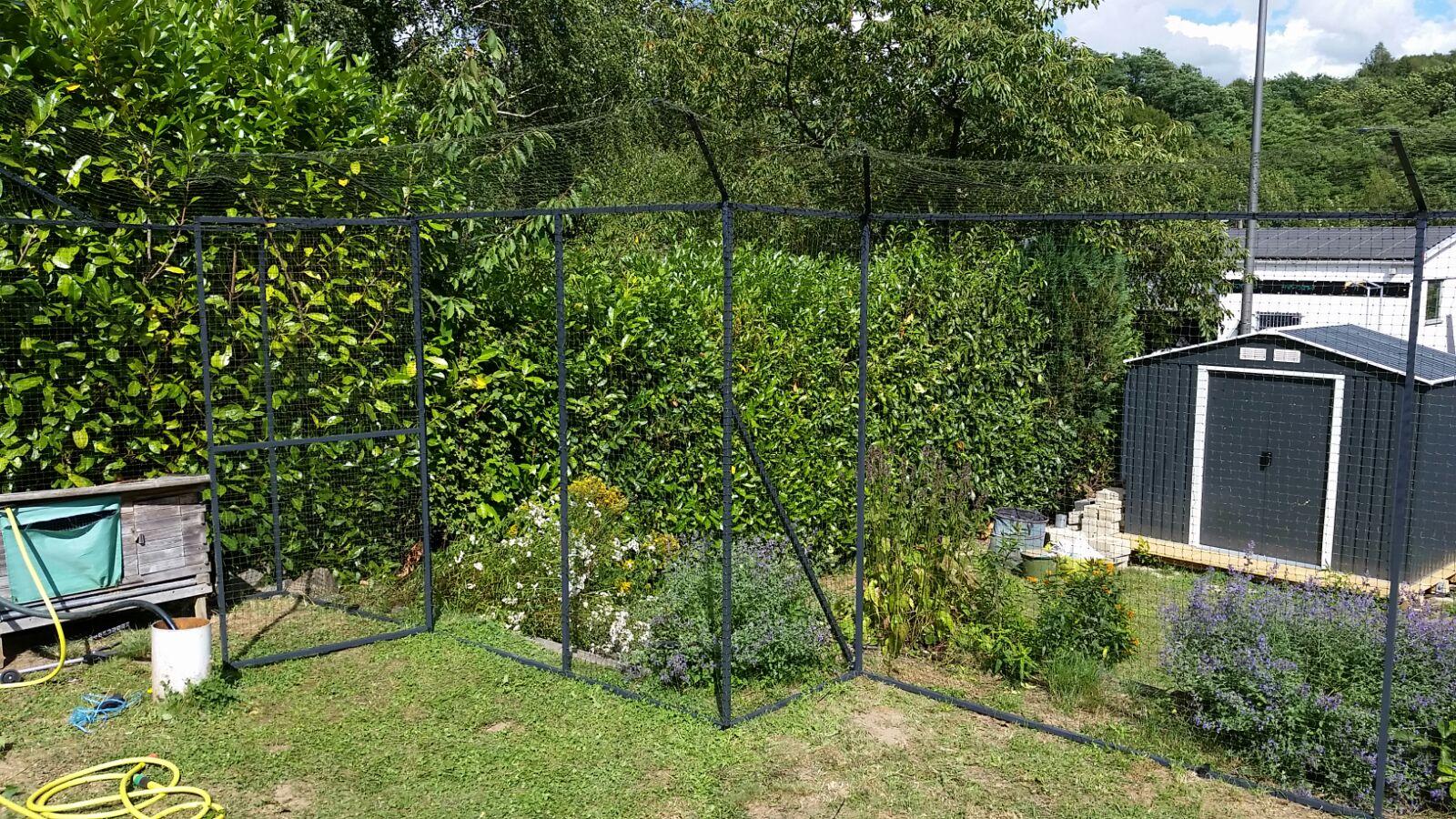 katzennetz system im garten katzennetze nrw der katzennetz profi. Black Bedroom Furniture Sets. Home Design Ideas