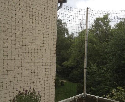 Balkon mit Katzennetz in Essen