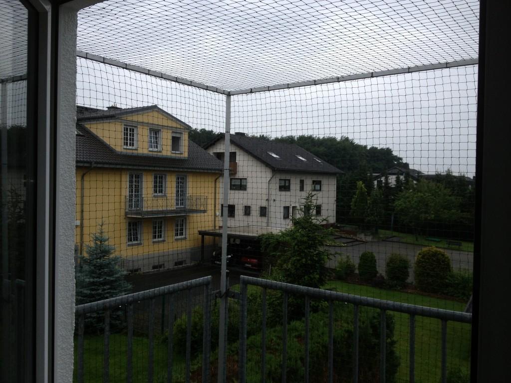 Katzennetz für Balkon oben geschlossen