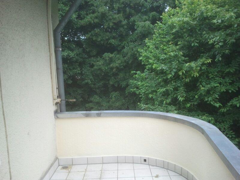 Keine Ecken, Fast Runder Balkon