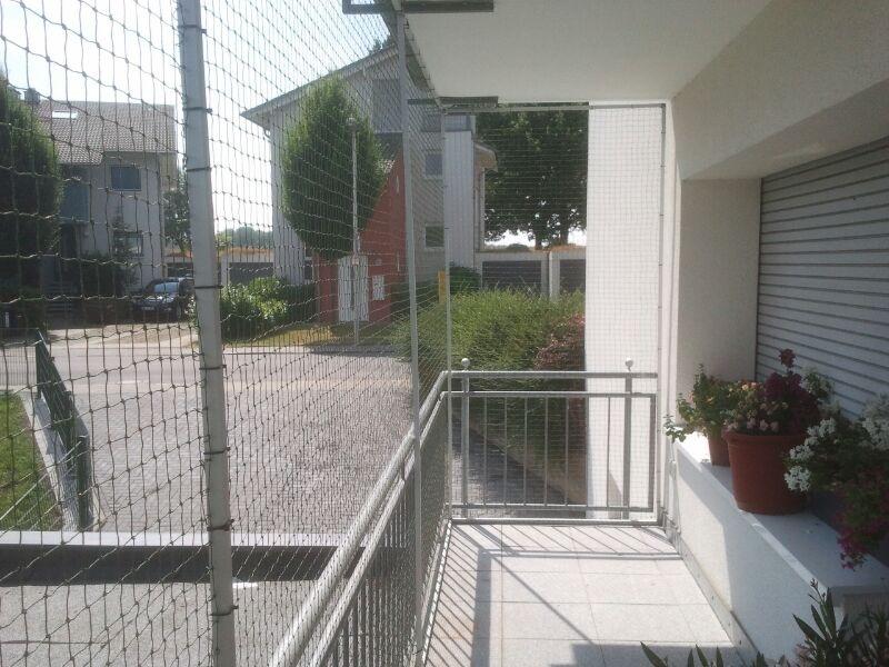 Balkon mit Katzennetz