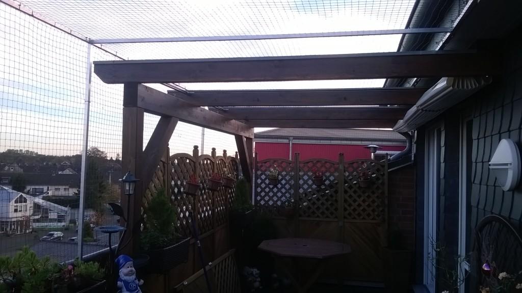 Dachterrasse mit Katzennetz ohne bohren