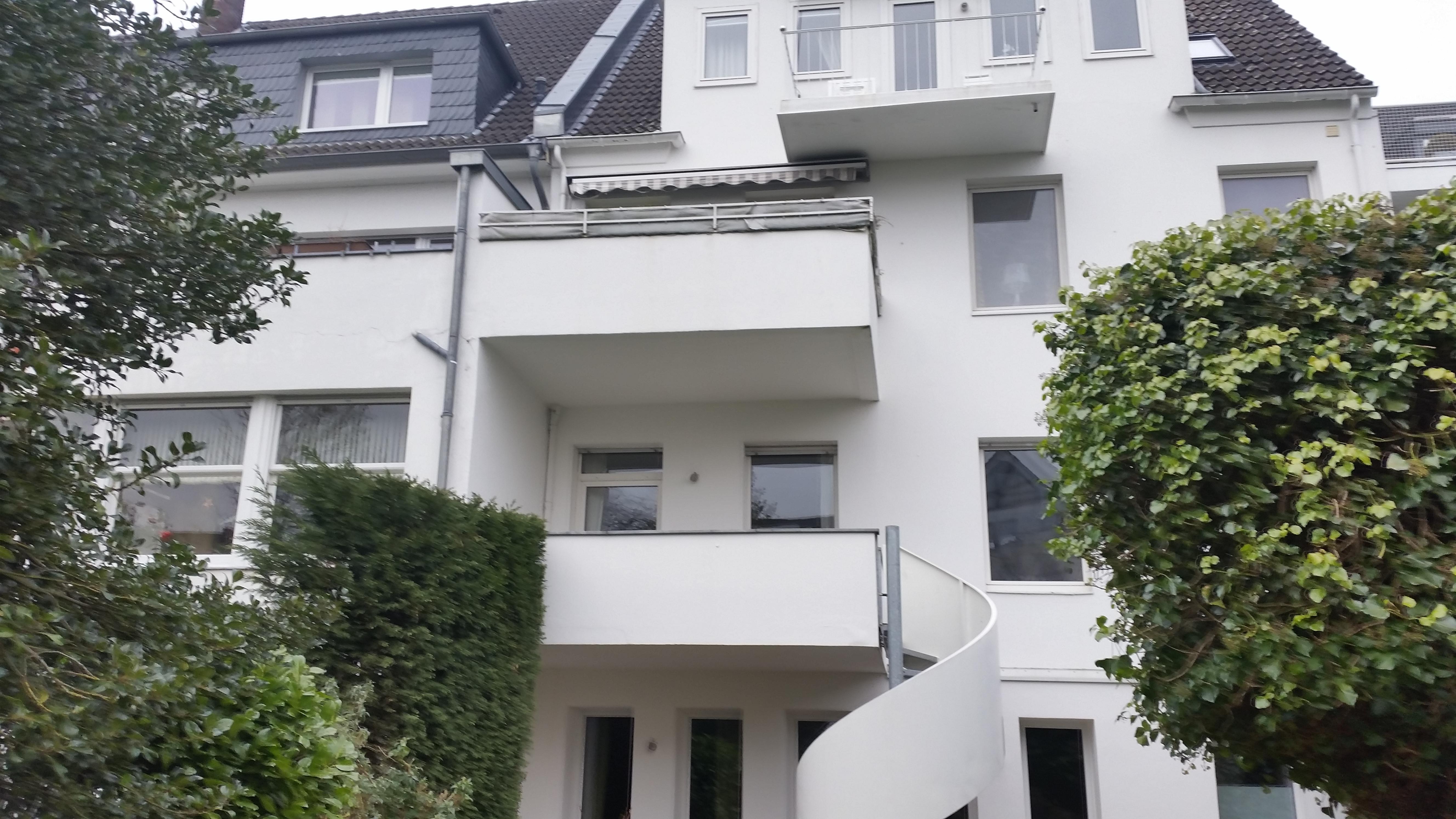 balkon mit katzennetz system gesichert katzennetze nrw der katzennetz profi. Black Bedroom Furniture Sets. Home Design Ideas