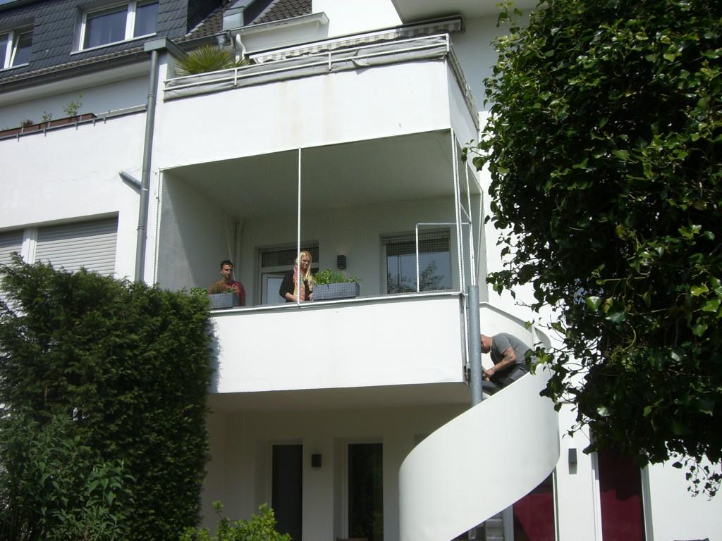 Balkon katzengerecht gesichert
