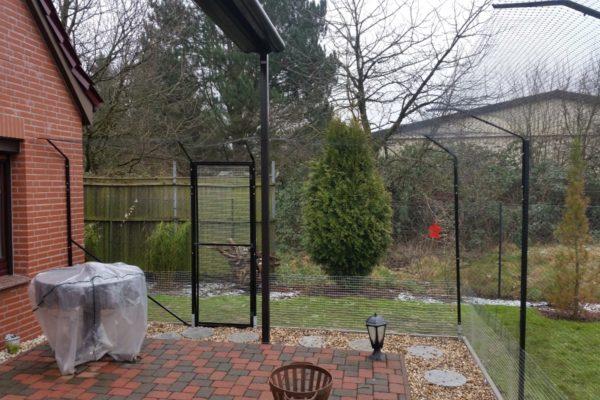 Garten Katzennetz mit Tuer Ueberkletterschutz