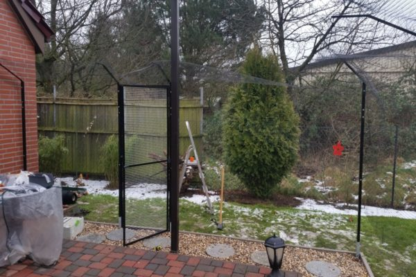 Terrasse Katzennetz mit doppelten Ueberkletterschutz