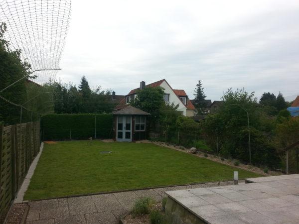 Garten_mit_Katzennetz_System_gesichert
