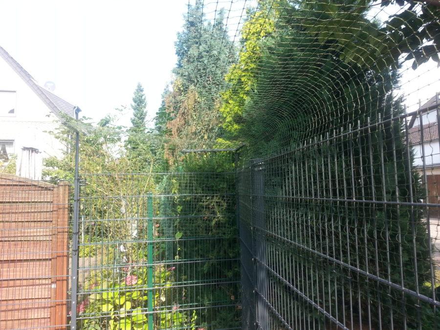 Überkletterschutz an Doppelstabmatten