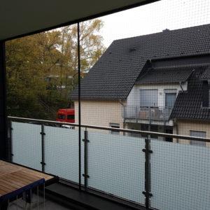 Katzennetz-System zur Balkonsicherung