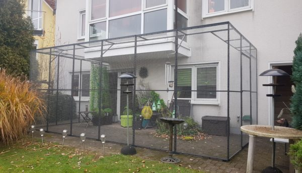 Terrassensicherung_mit_Katzengitter_Elemente