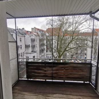 Katzennetz ohne bohren am Balkon montiert